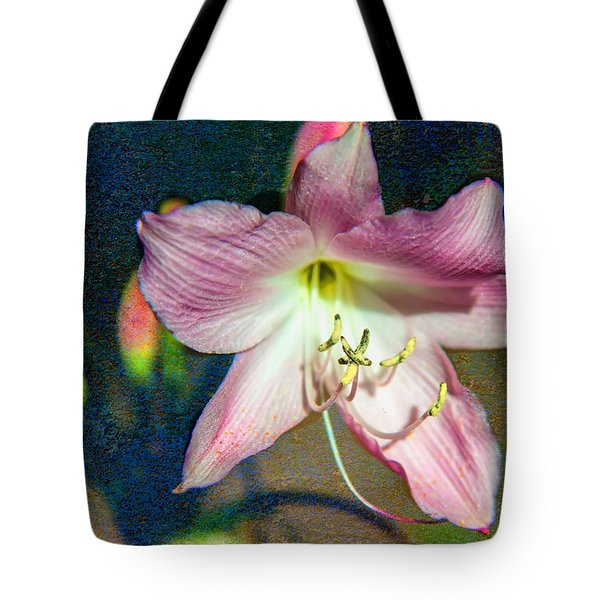 Lily In The Parque Tote Bag