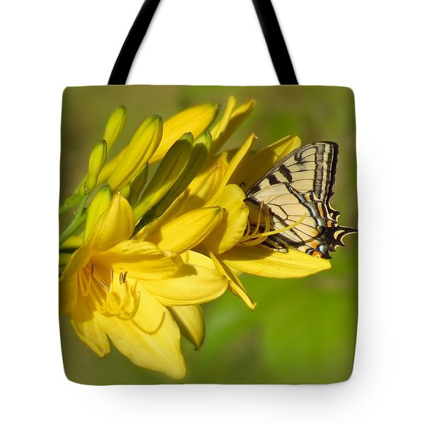 Lily Lover Tote Bag