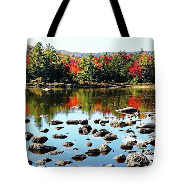 Tote Bag featuring the photograph Lily Pond - Kancamagus Highway - New Hampshire by Joseph Hendrix