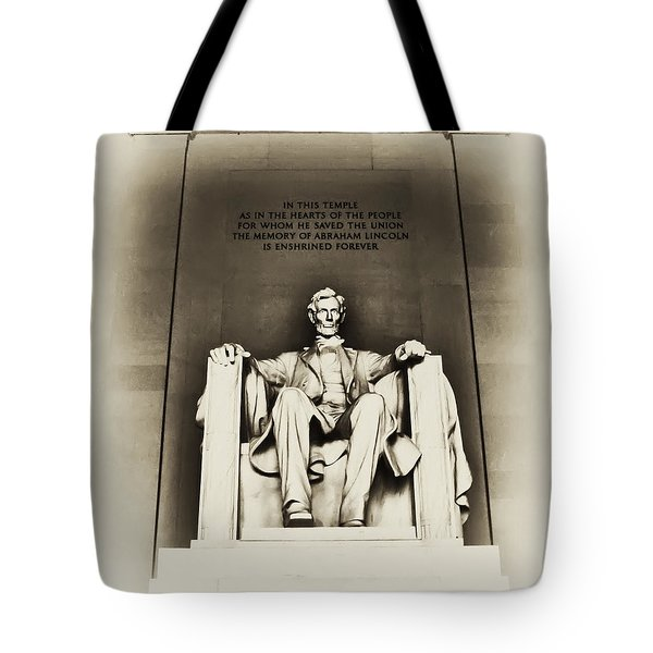 Lincoln Memorial Tote Bag by Bill Cannon
