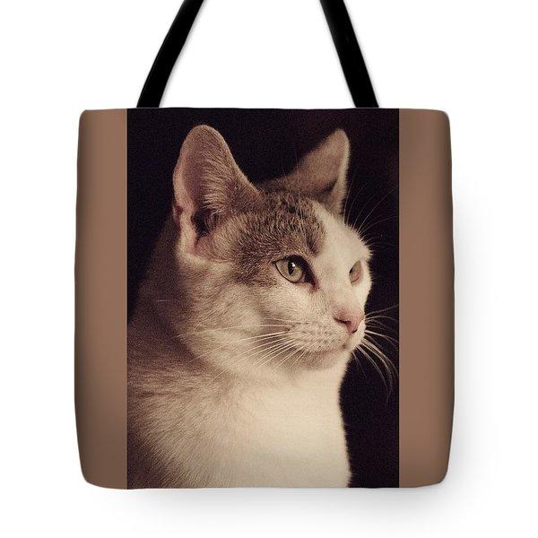 Lisa - Lisa Tote Bag