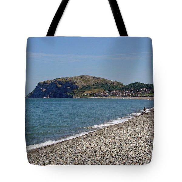 Llandudno Beach Tote Bag by Rod Johnson