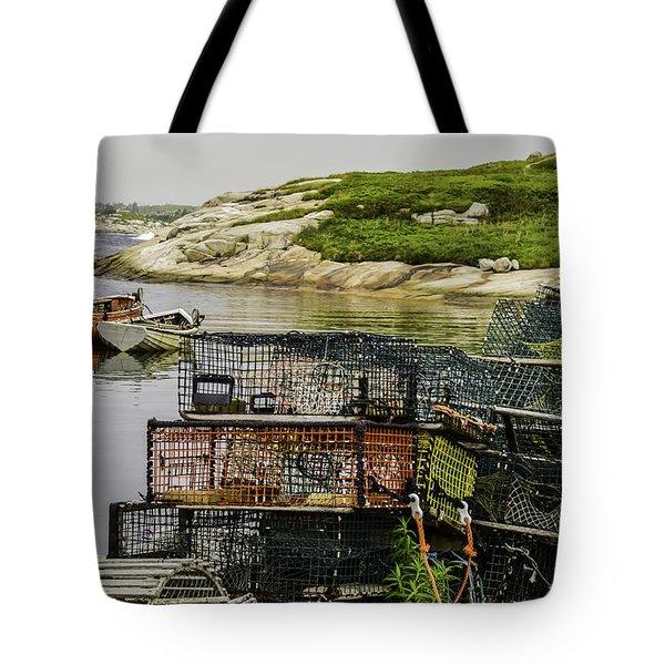 Lobster Hunt Tote Bag