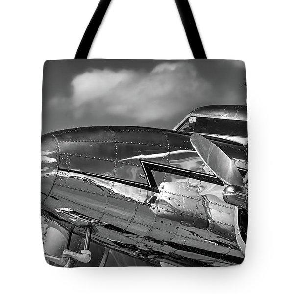 Lockheed Splendor Tote Bag