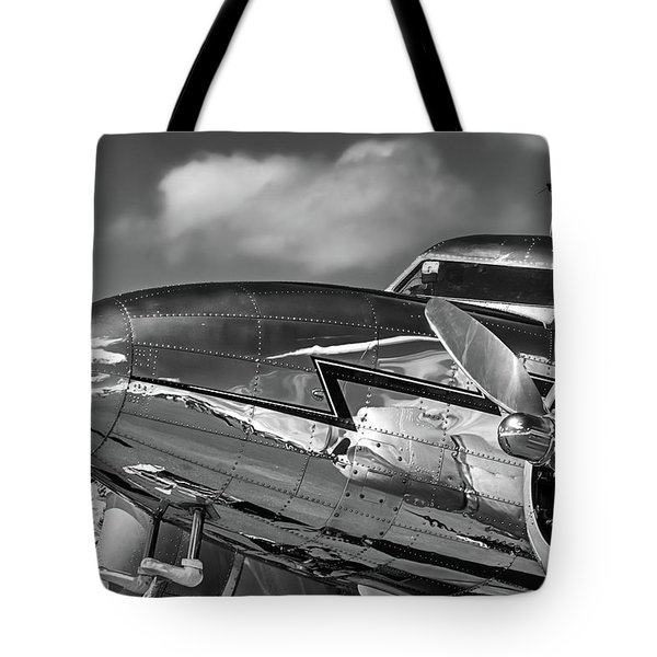 Lockheed Splendor Tote Bag