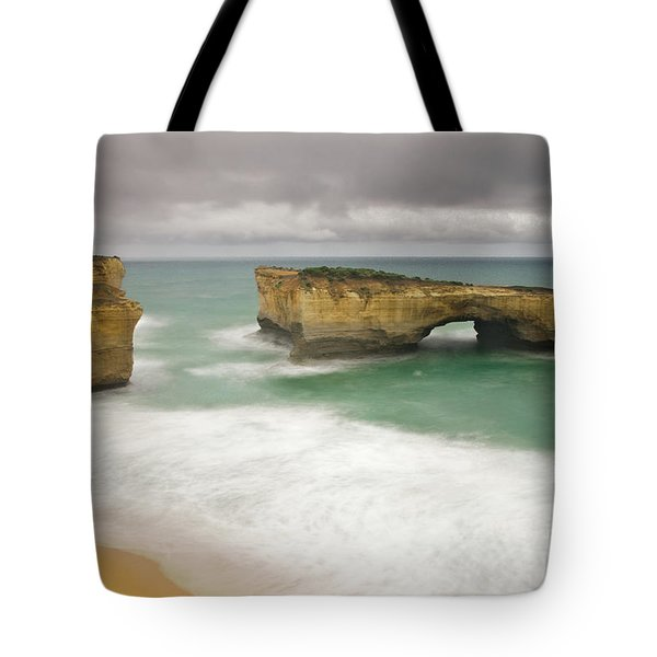 London Bridge 2 Tote Bag