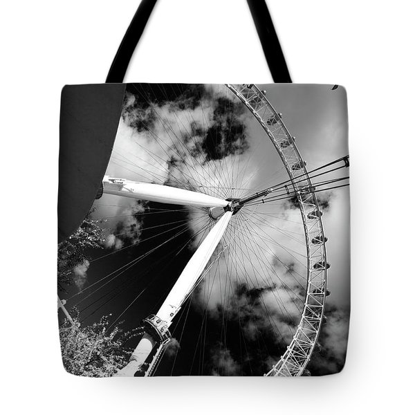 London Ferris Wheel Bw Tote Bag
