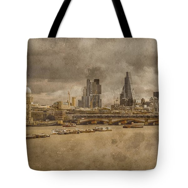 London, England - London Skyline East Tote Bag
