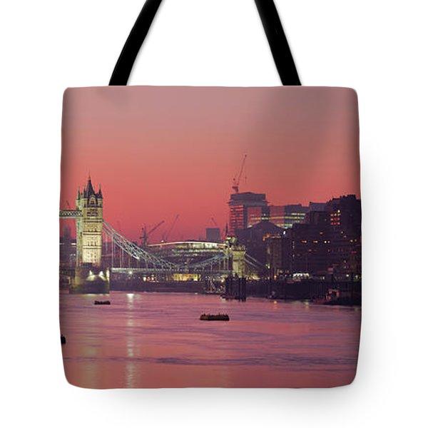 London Thames Tote Bag