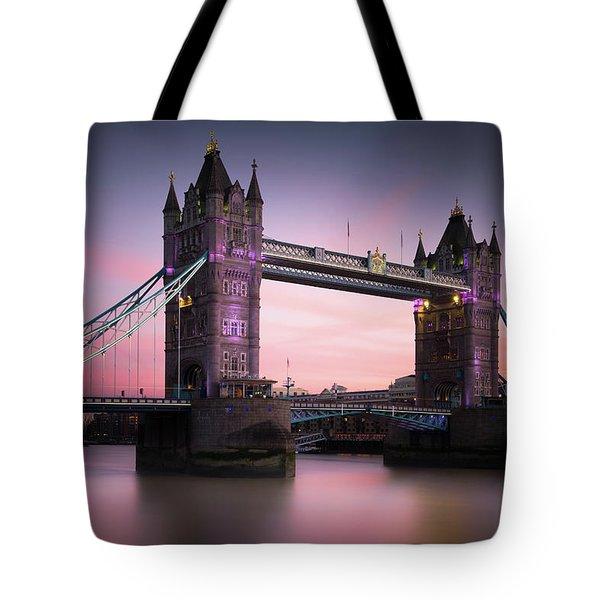 London, Tower Bridge Sunset Tote Bag