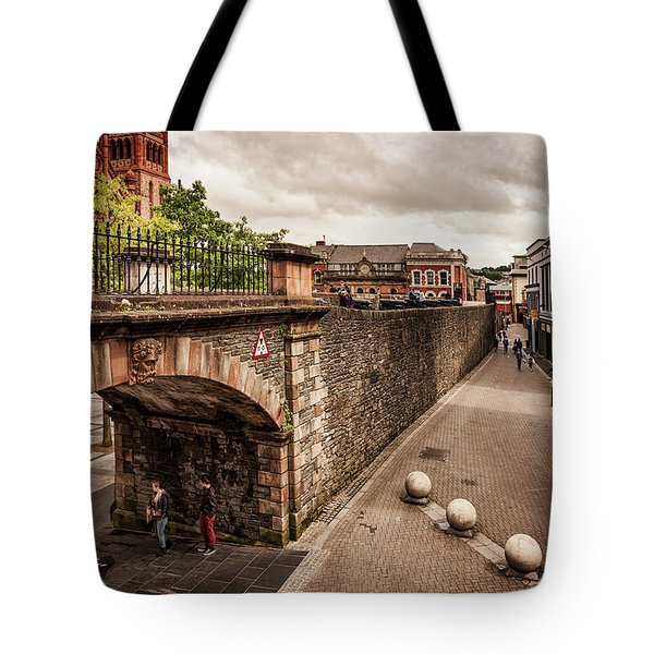 Londonderry Song Tote Bag