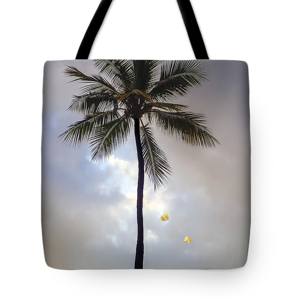 Lone Palm Tree Tote Bag
