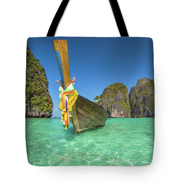 Tote Bag featuring the photograph Long Tail Bot by Benny Marty
