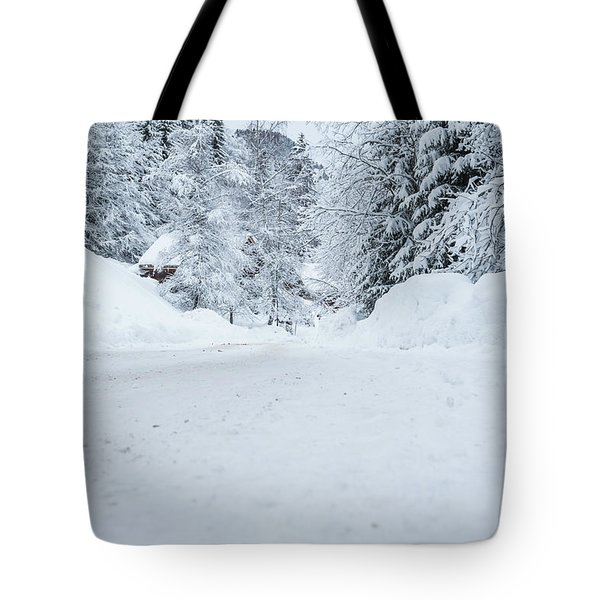 Tote Bag featuring the photograph Lonly Road- by JD Mims