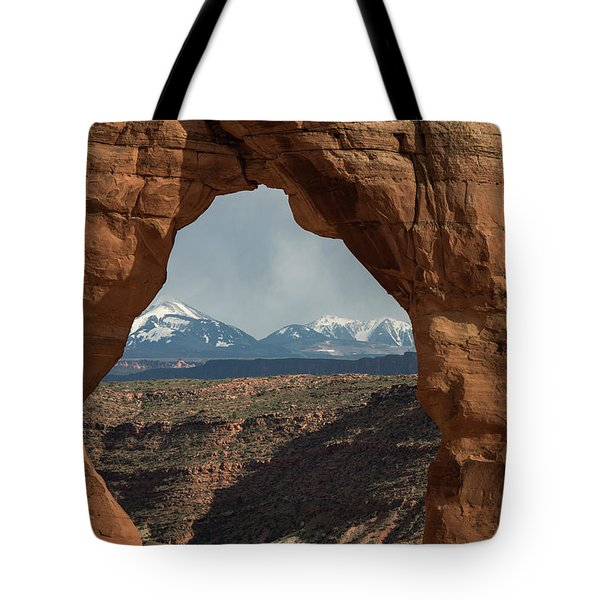 Looking Through Delicate Arch Tote Bag