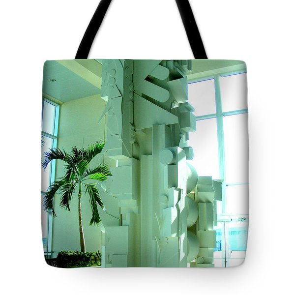 Louise Nevelson Sculpture Tote Bag