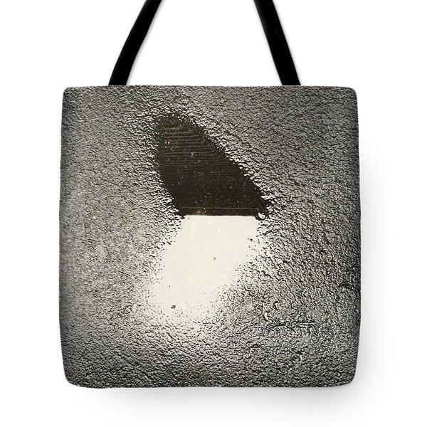 Love In The Rain Tote Bag