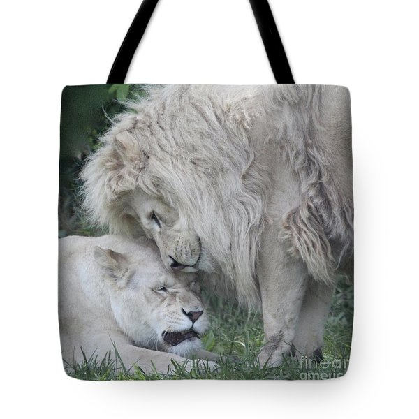 Love Lions Tote Bag