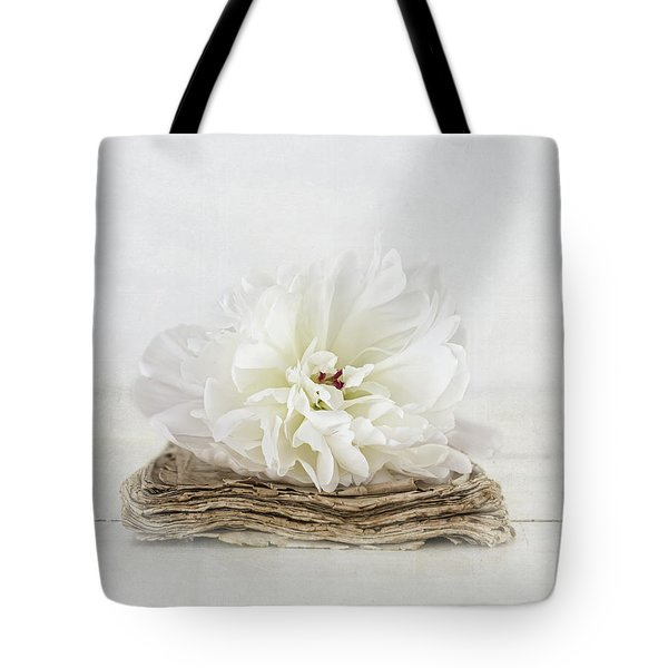 Tote Bag featuring the photograph Love Story by Kim Hojnacki