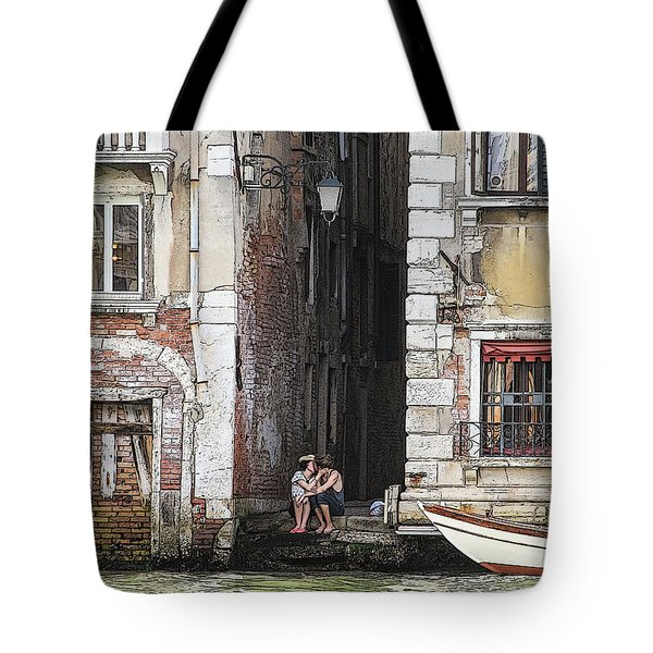 Lovers In Venice Tote Bag