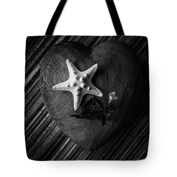 Low Key Heart And Starfish Tote Bag