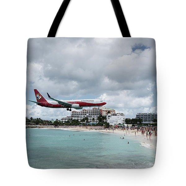 Low Landing At Sonesta Maho Beach Tote Bag