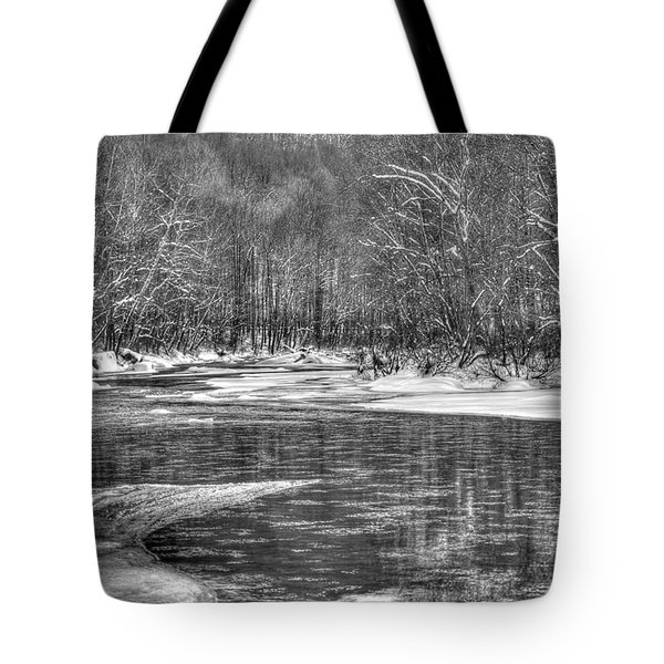 Tote Bag featuring the photograph Loyalhanna Creek Bw - Wat0097 by G L Sarti