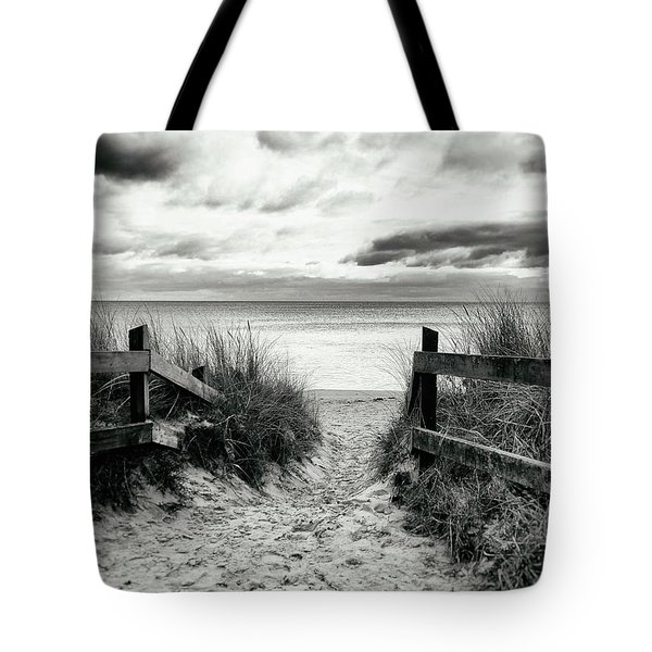 Lull Tote Bag by Karen Stahlros