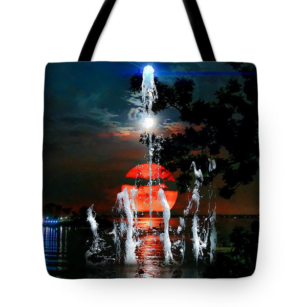 Tote Bag featuring the photograph Lunar Event Horizon by Glenn Feron