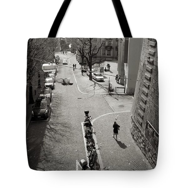 Lunch Hour Tote Bag by Colleen Williams