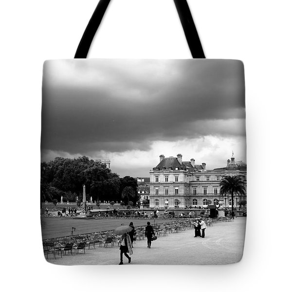 Luxembourg Gardens 2bw Tote Bag