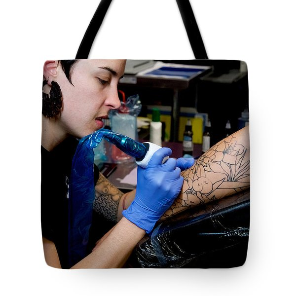 Tote Bag featuring the photograph Mac At Work by Vinnie Oakes