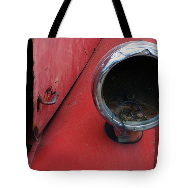 Mack Light Tote Bag