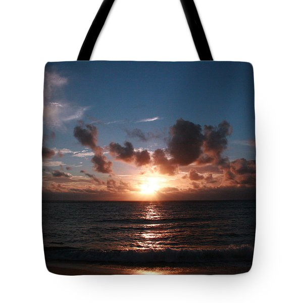 Ma'ili Sunset Tote Bag