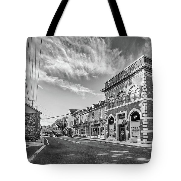 Tote Bag featuring the photograph Main St Sykesville by Mark Dodd