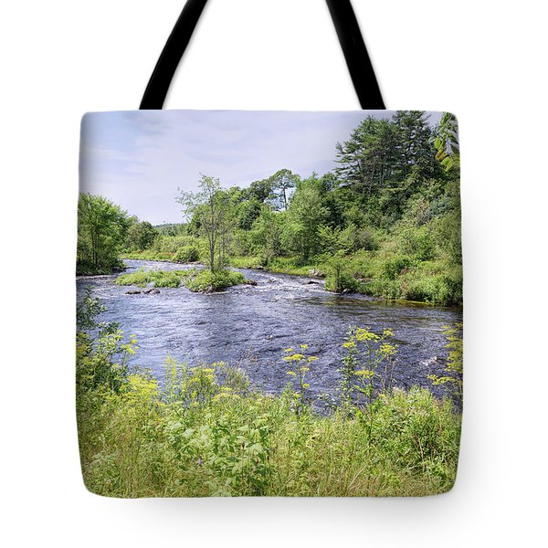 Tote Bag featuring the photograph Maine Beauty by John M Bailey