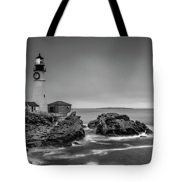 Maine Cape Elizabeth Lighthouse Aka Portland Headlight In Bw Tote Bag