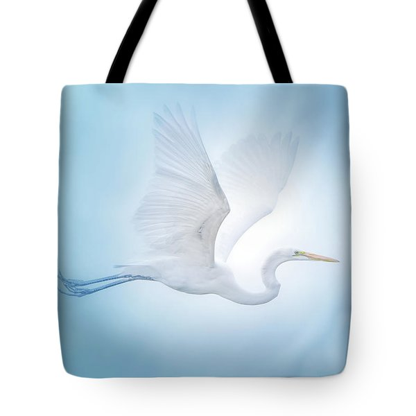 Majesty Of The Skies Tote Bag by Mark Andrew Thomas