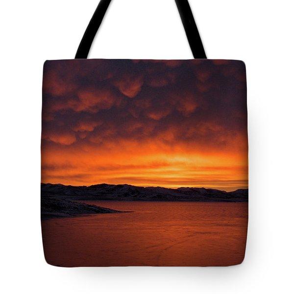 Mamantus Clouds Over Wildhorse Reservoir, Nv Tote Bag