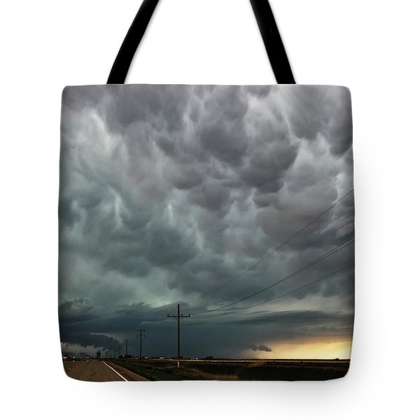Mammatus Over Montata Tote Bag by Ryan Crouse