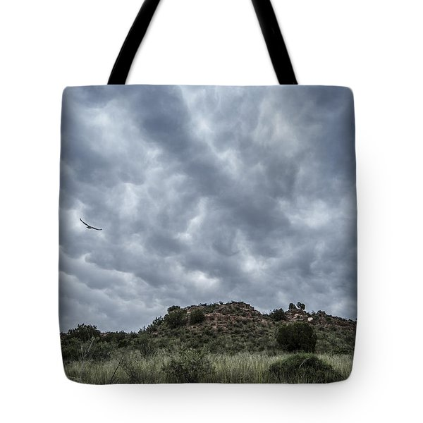 Tote Bag featuring the photograph Mammatus Sky by Karen Slagle