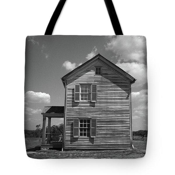 Tote Bag featuring the photograph Manassas Civil War Battlefield Farmhouse Bw by Frank Romeo