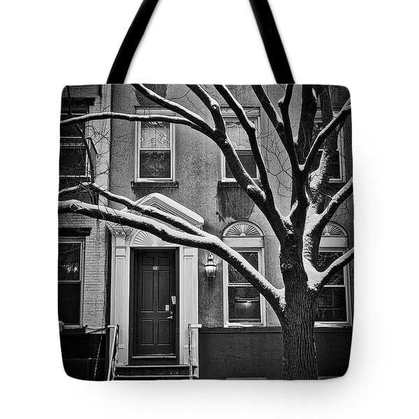 Manhattan Town House Tote Bag