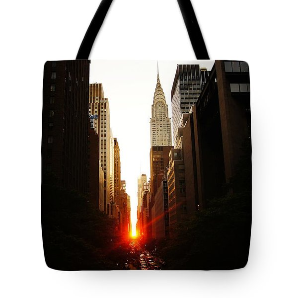 Manhattanhenge Sunset Over The Heart Of New York City Tote Bag by Vivienne Gucwa