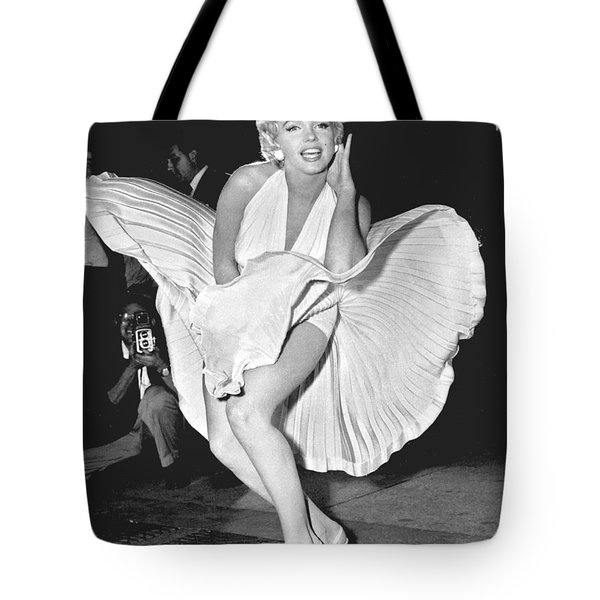 Marilyn Monroe - Seven Year Itch Tote Bag