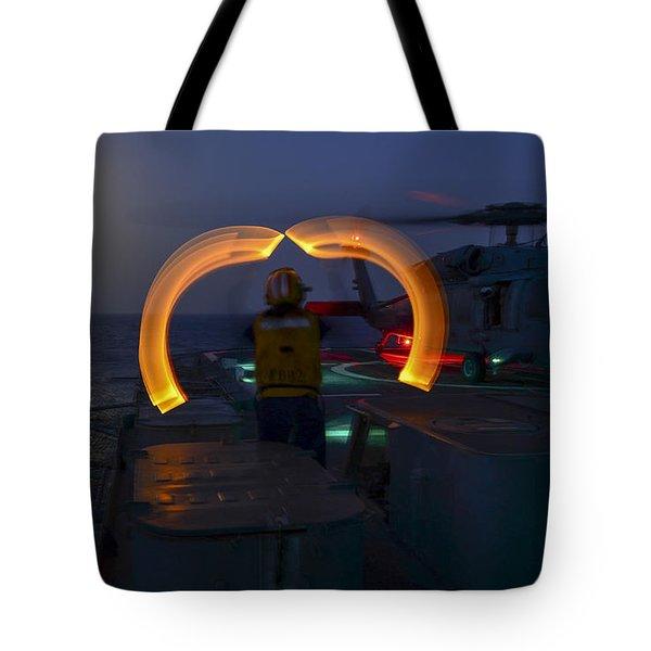 Marshaling The Heli Us Navy Tote Bag