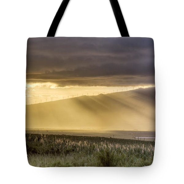 Maui Sunset God Rays Tote Bag
