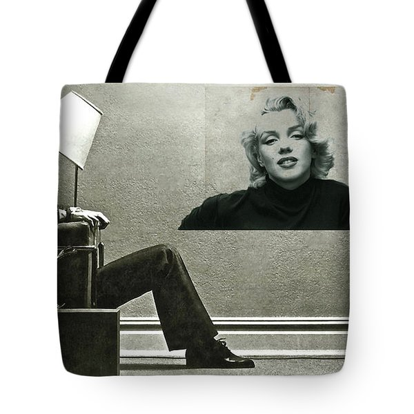 Maxell Ad Blown Away, Marilyn Monroe Tote Bag