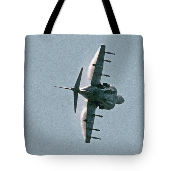 Mcdonnell-douglas Av-8b Harrier Buno 164119 Of Vma-211 Turning Mcas Miramar October 18 2003 Tote Bag