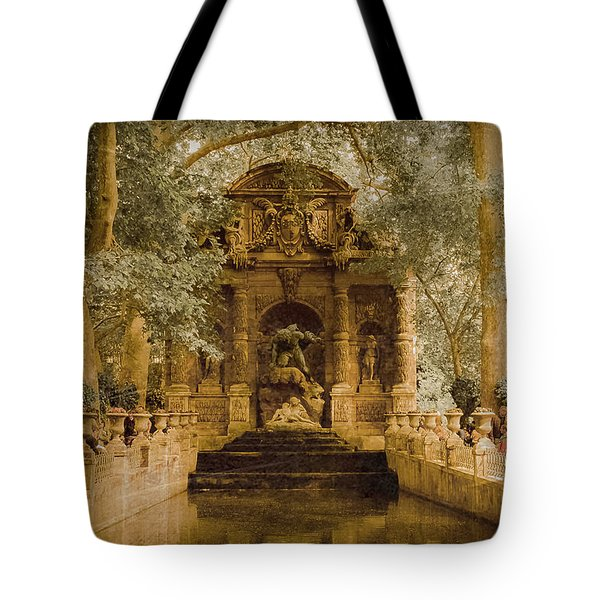Paris, France - Medici Fountain Oldstyle Tote Bag